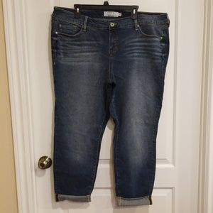 Torrid Dark Wash Cropped Jeans s20